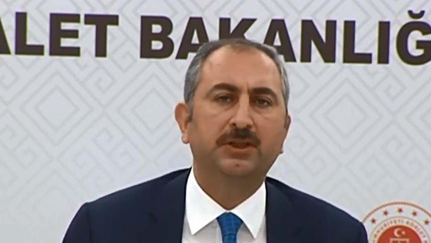 Bakan Gül: Eleştirileri parlamento dikkate alacak gerekeni yapacağız