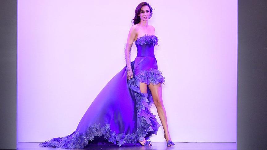 Ayşe Hatun Önal New York Fashion Week'te podyuma çıktı
