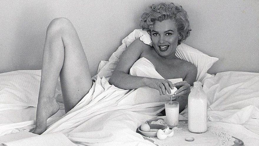 Marilyn Monroe'nun filmlerde giydiği kıyafetler ve özel eşyaları satışa çıkıyor