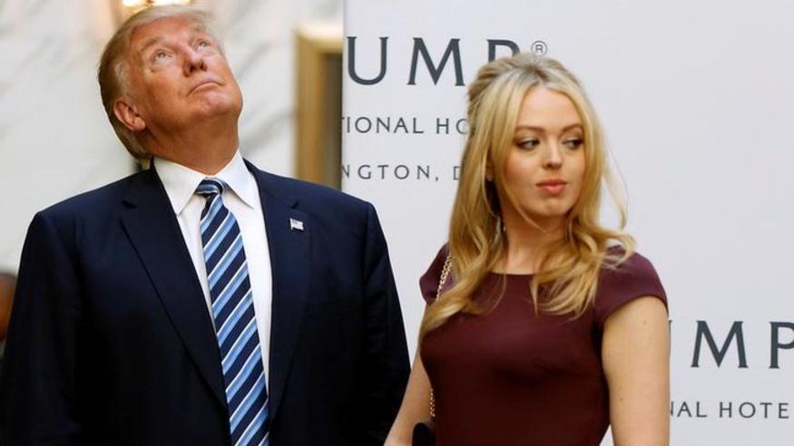 Herkesi şaşkına çeviren görüntü: Trump'ın kızı çırılçıplak soyunmuş