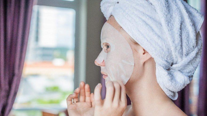 Evde kağıt maske nasıl yapılır?