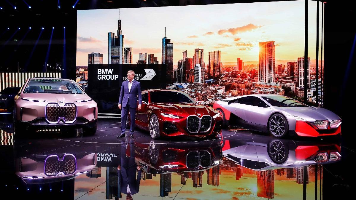 BMW Frankfurt'a konsept modelleriyle geldi!