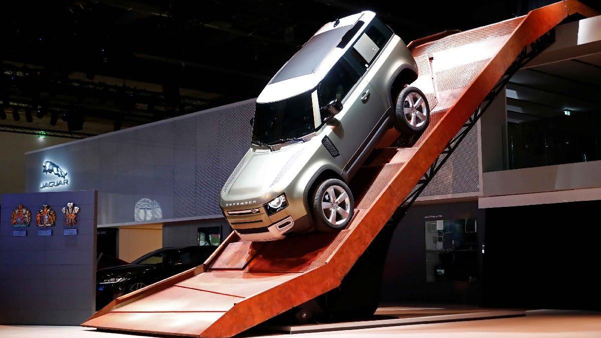Karşınızda yeni Land Rover Defender!