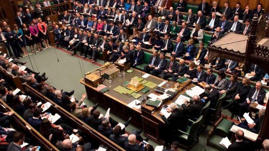 İngiltere'de hükümetin erken seçim talebi ikinci kez reddedildi
