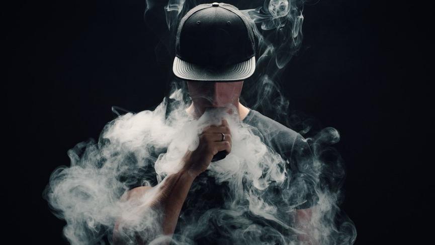 Elektronik sigaradan altıncı kişi öldü