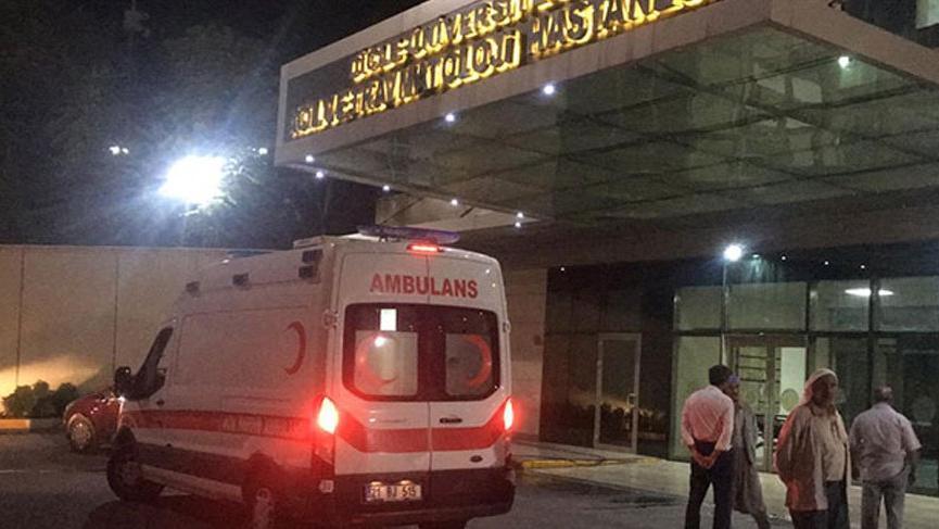 Son dakika haberi... Diyarbakır'da sivil aracın geçişi sırasında patlama!