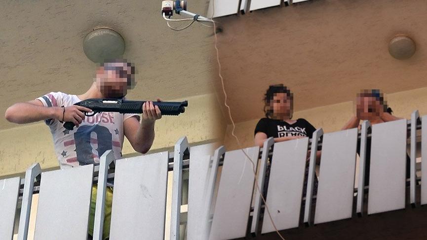 Dışarı çıkmak isteyen annesi ve kız kardeşini pompalı tüfekle rehin aldı