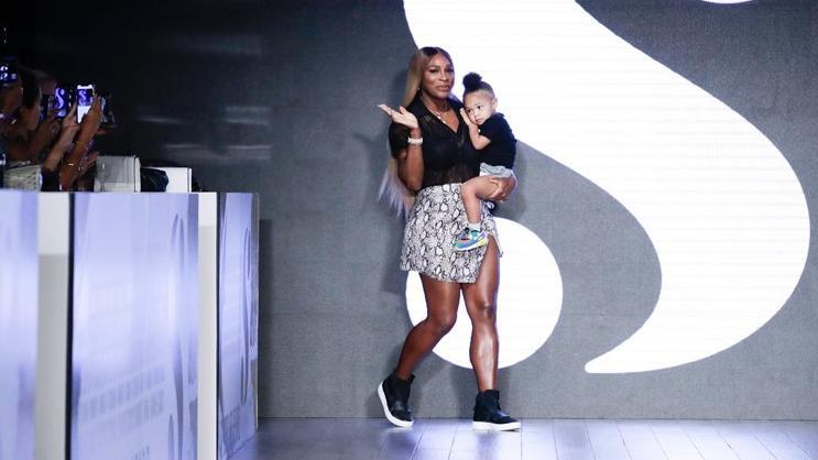 Serena Williams ilk defilesini gerçekleştirdi