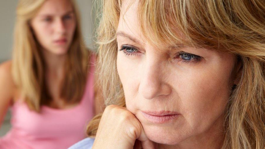 Menopoz öncesi belirtileri nelerdir? Menopoz tedavisi…