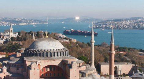 İstanbul'a 10 bin nüfuslu ülkelerden de turist geldi