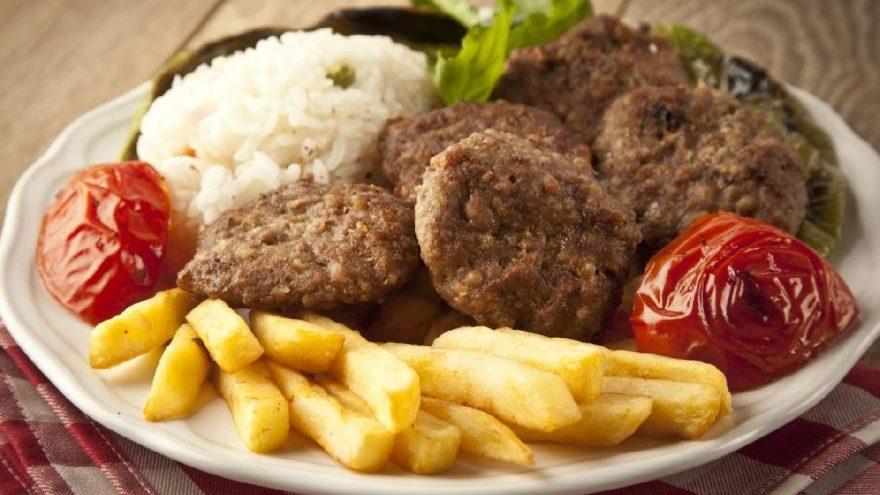 İzmir köfte tarifi/ hazırlanışı: Gerçek İzmir köfte nasıl yapılır?