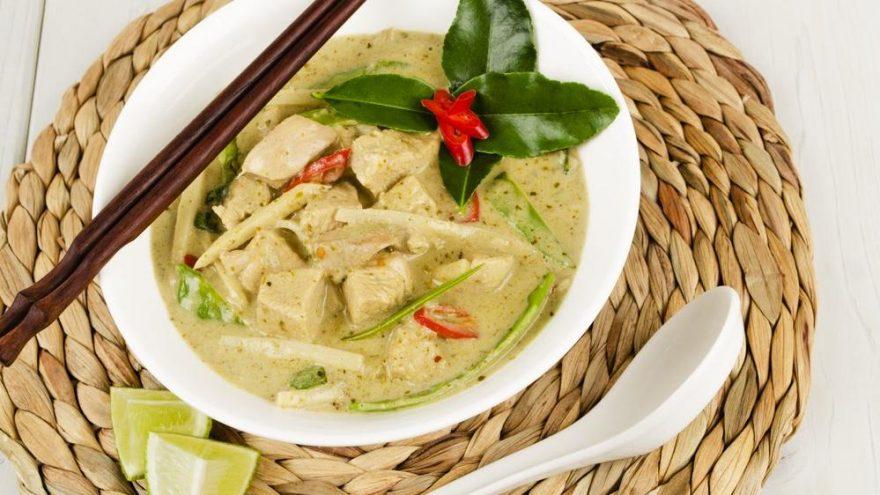 Yeşil körili tavuk tarifi: Yeşil körili tavuk nasıl yapılır?
