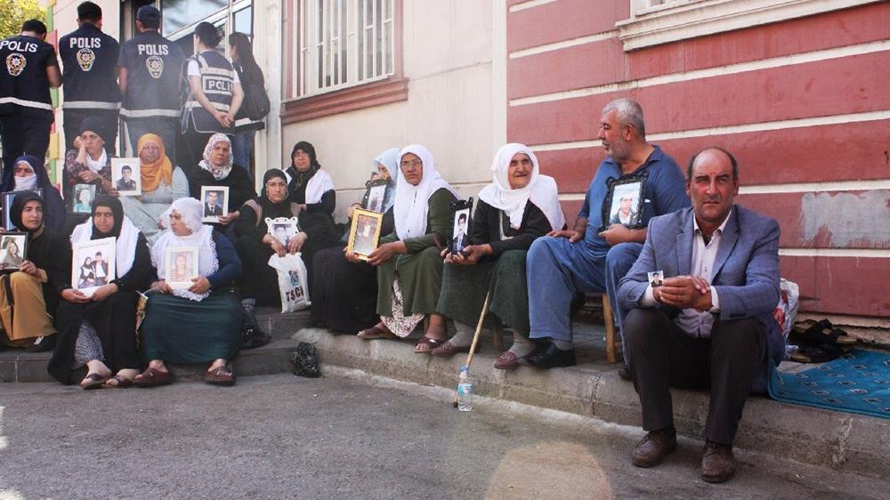 Diyarbakır'da annelerin yardım çığlığı...