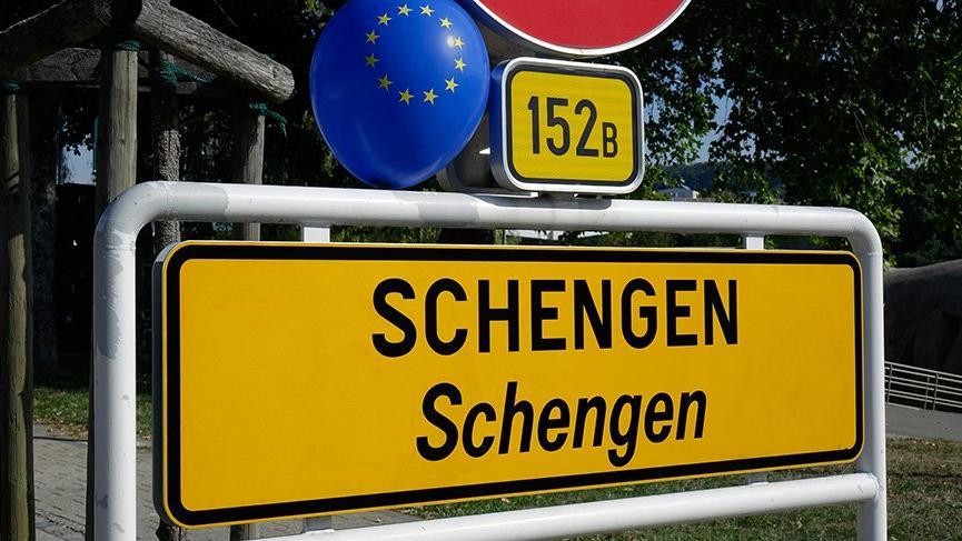 Schengen vizesi için Dışişleri'nden flaş adım!
