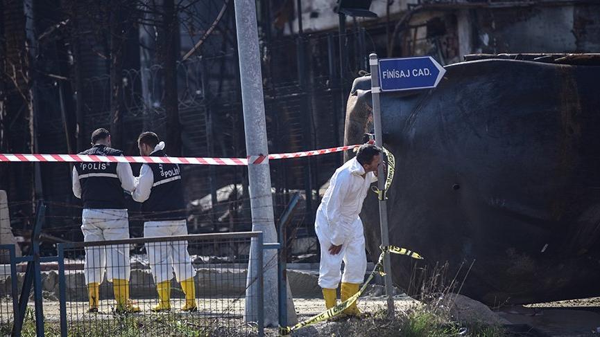AFAD'dan Tuzla'daki yangınla ilgili flaş bilgiledirme!