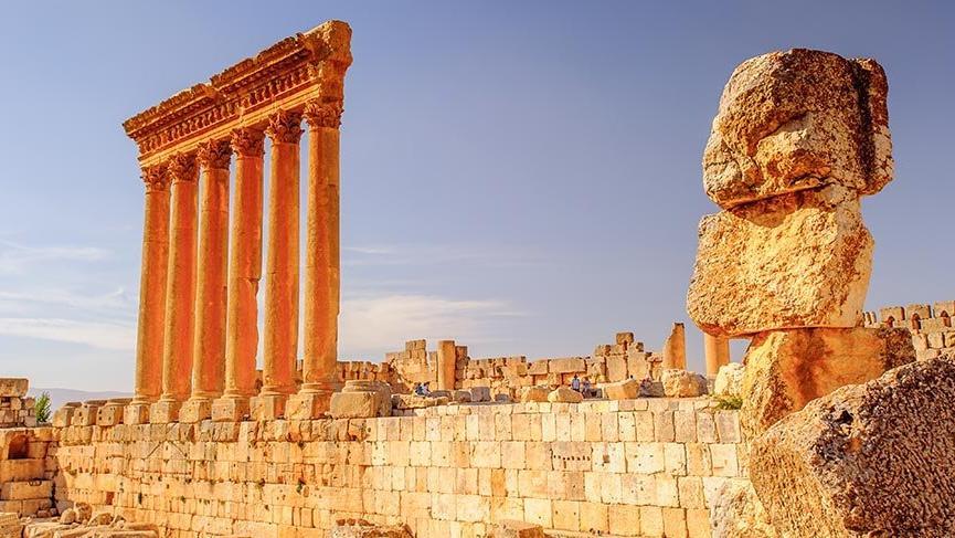 Binlerce yıldır ihtişamını koruyan Baalbek Antik Kenti
