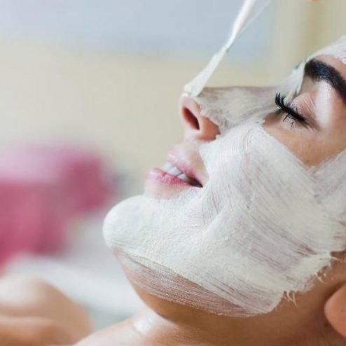 Sağlıklı bir cilt için ilk aşama: Yüz temizleyici maske