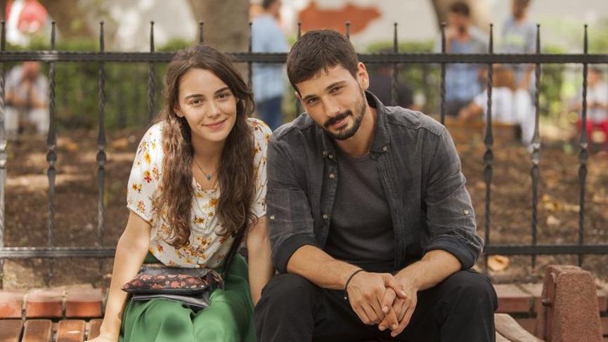 Aşk Ağlatır dizisi oyuncuları: Aşk Ağlatır dizisinin konusu ne?