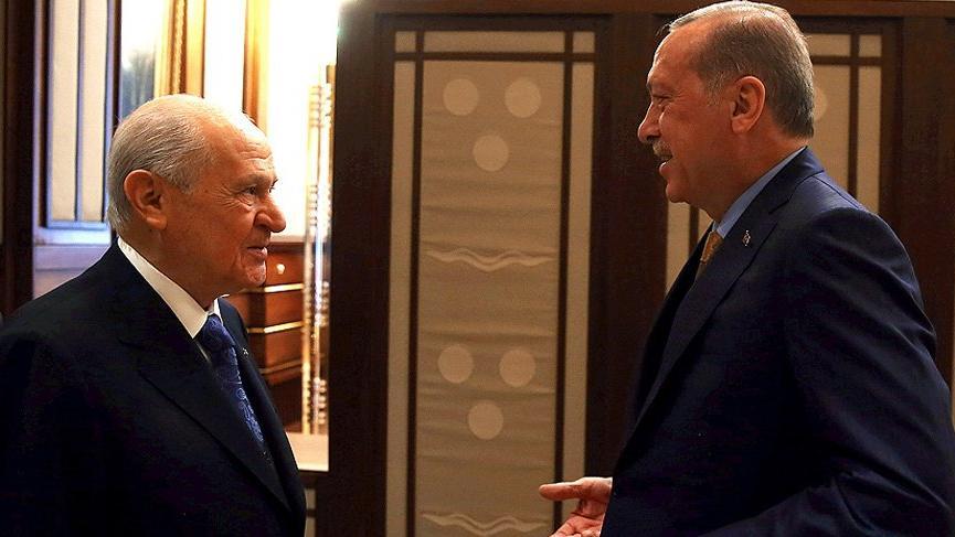 Erdoğan'dan Bahçeli'ye 'geçmiş olsun' telefonu!