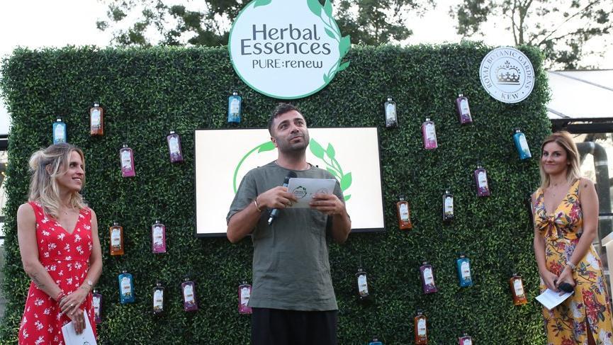 Herbal Essences PURE: renew'dan 'Doğanın Sırrını Keşfet' sergisi
