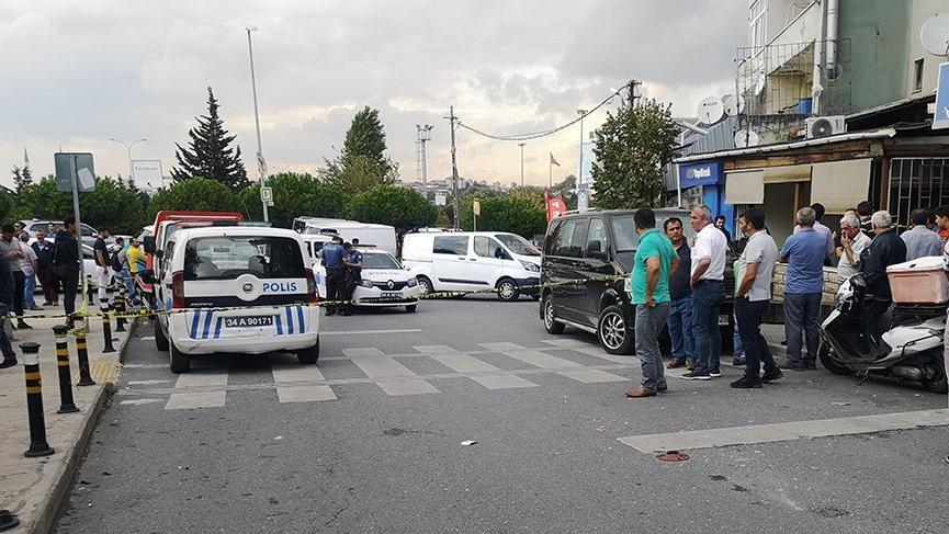 İstanbul'da kahvehaneye silahlı saldırı! 3 kişi yaralandı