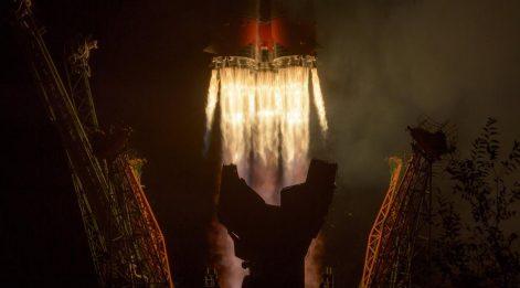 Rus uzay kapsülü Soyuz başarıyla fırlatıldı!