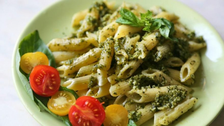 Pesto soslu makarna tarifi: Pesto soslu makarna nasıl yapılır?