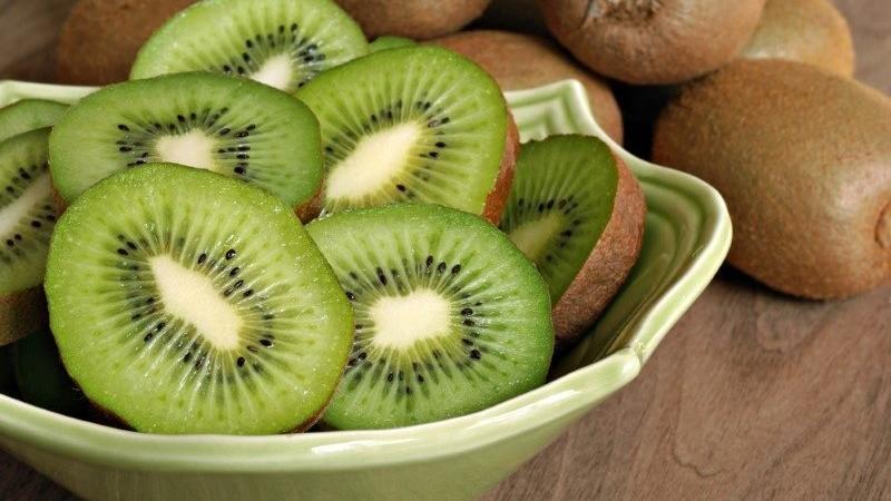 Kivi kaç kalori? Kivinin besin değerleri ve kalorisi…