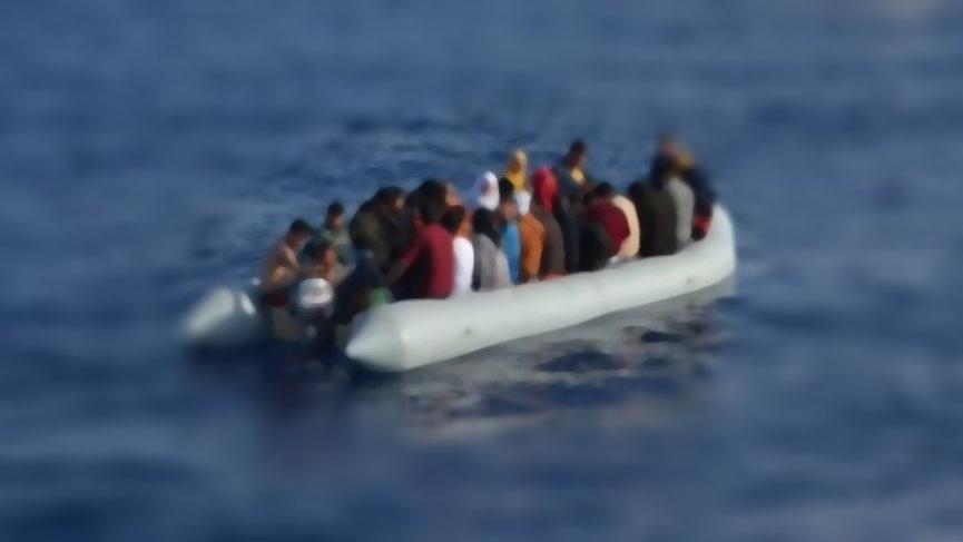 Ege'de göçmen botu battı! 5'i çocuk 2'si kadın 7 kişi öldü