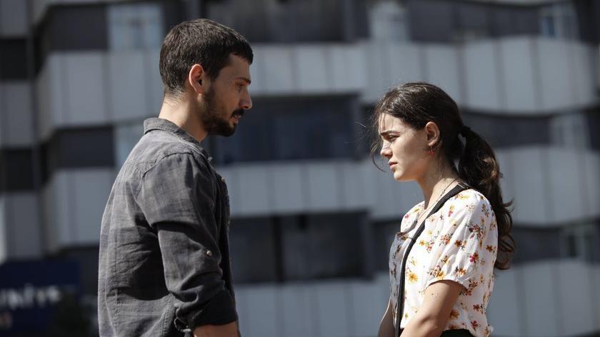 Aşk Ağlatır dizisi oyuncuları kimler? İşte Aşk Ağlatır dizi konusu ve oyuncu kadrosu…