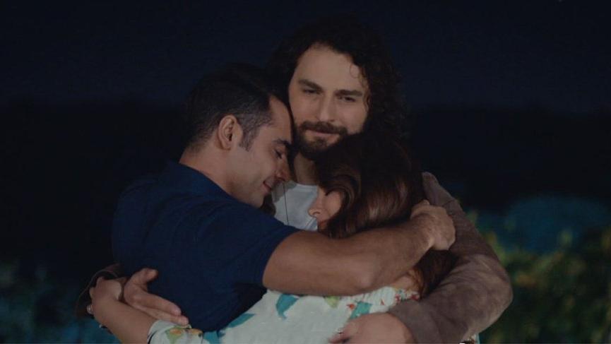 Bir Aile Hikayesi dizisinden hayranlarını üzecek haber! Bir Aile Hikayesi dizisi final yapıyor