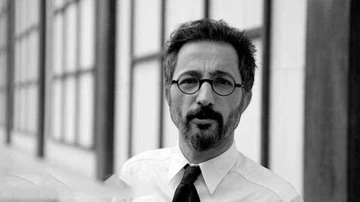 Murat Menteş'ten derde deva bir edebi seyahat