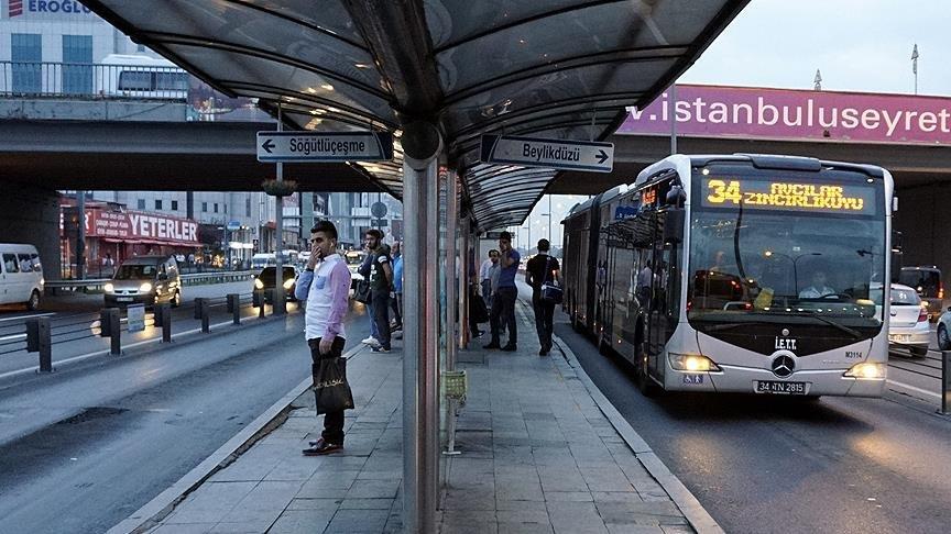 Metrobüse ek seferler geldi