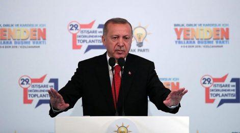 Gündeme getiren AKP'li, suçlanan CHP