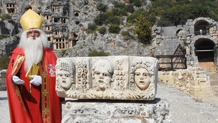 Alman Noel Baba 21. kez Antalya'da
