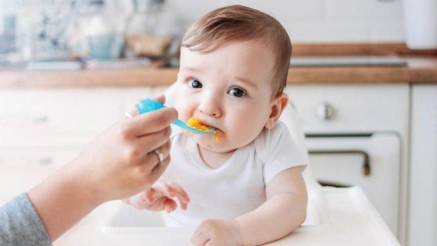 9 aylık bebek beslenmesi nasıl olmalı? Beslenme önerileri...