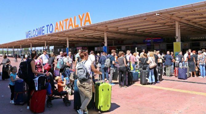 Yolcu sayısını en çok artıran havalimanı Antalya