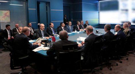 Operasyon koordinasyon toplantısından ilginç fotoğraf