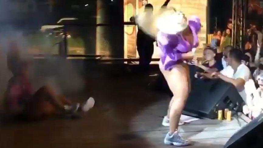 Gaby Amarantos dansı aşırıya kaçırınca…