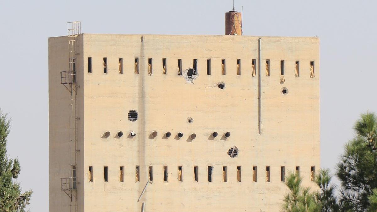 Resulayn'da imha edilen terör mevzileri görüntülendi