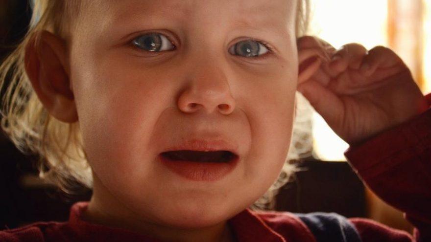 Çocuklarda orta kulak iltihabı belirtileri ve tedavisi