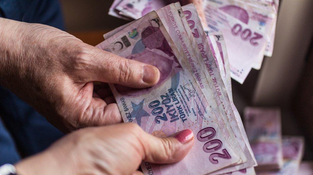 Emeklilik nedeniyle işten ayrılanın hakları nelerdir?