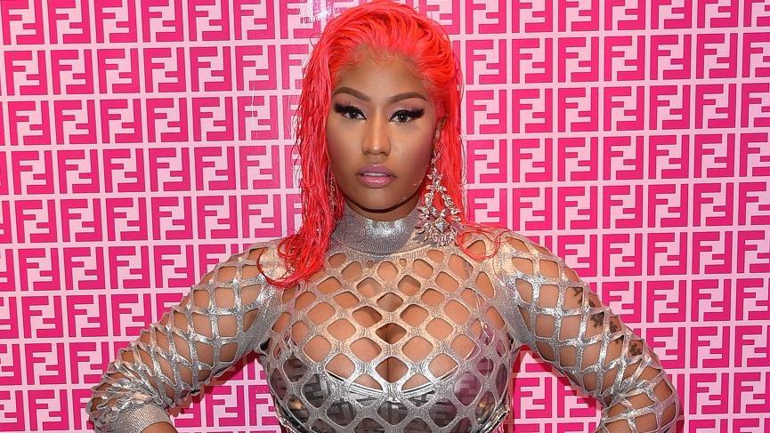 Nicki Minaj Fendi'nin yüzü oldu tepki çekti