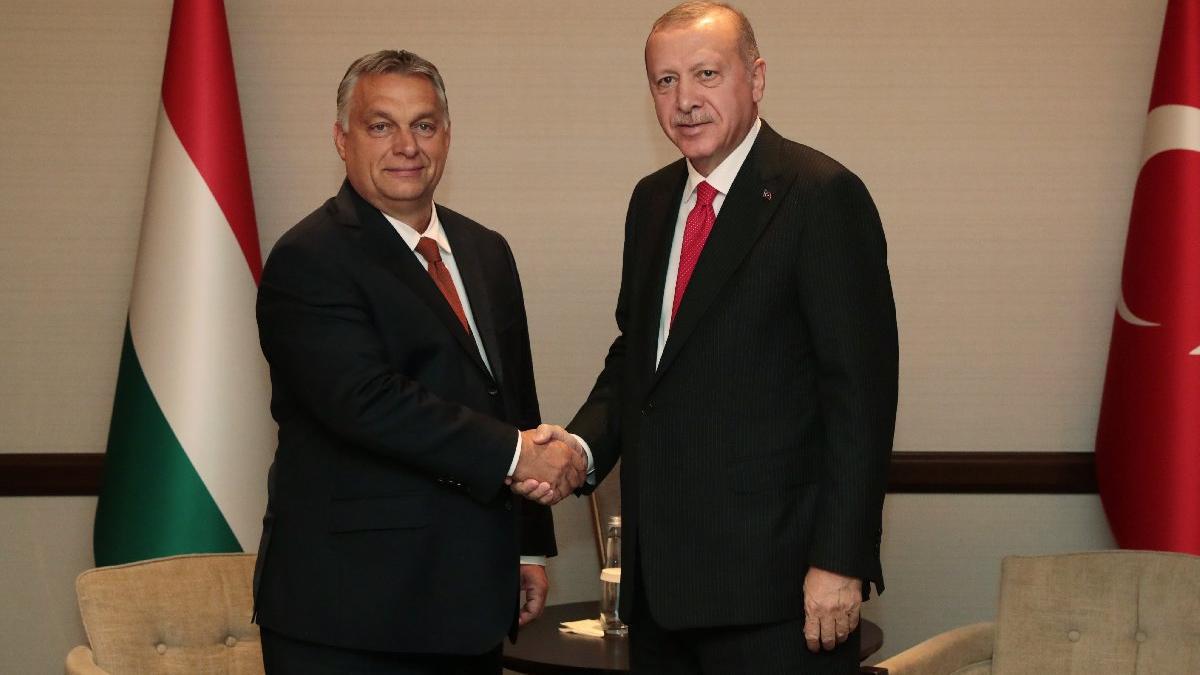 Cumhurbaşkanı Erdoğan'ın mülteci açıklamasına Macaristan'dan yanıt