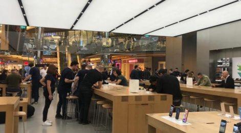 Zorlu Center'da iPhone 11 için Türk bulunamadı