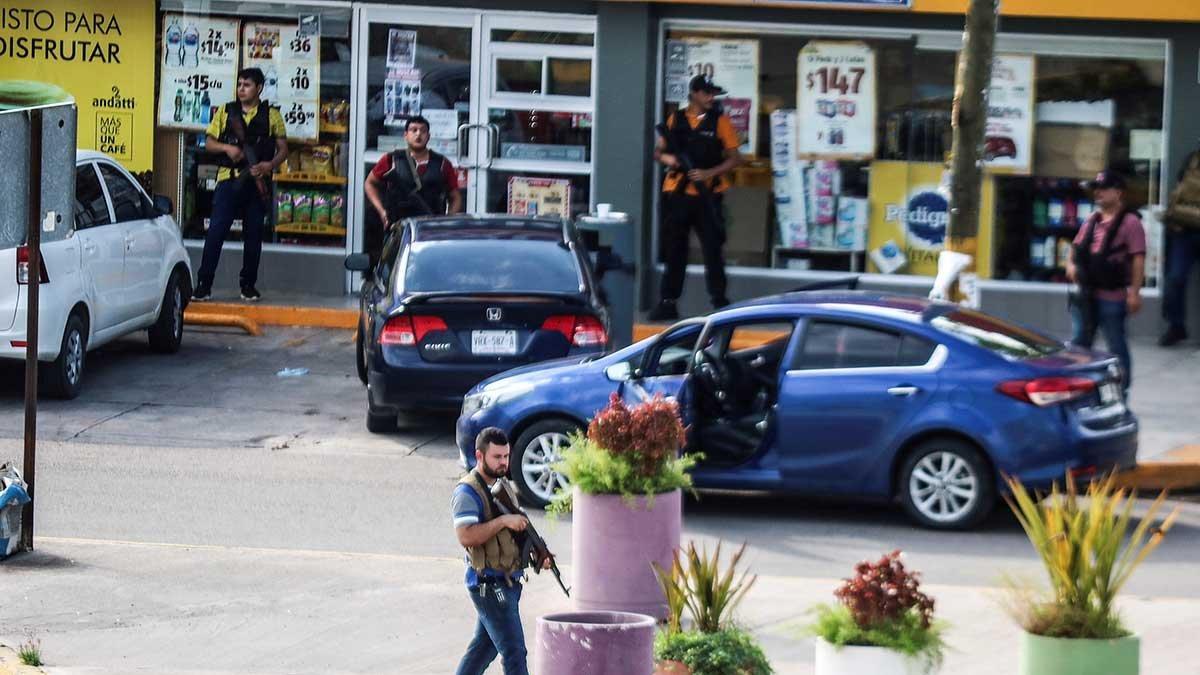 El Chapo'nun oğlu yakalandı sokaklar karıştı... Polis bırakmak zorunda kaldı!
