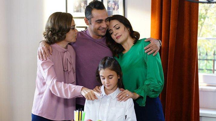Bir Aile Hikayesi 18. bölüm izle: Bir Aile Hikayesi final bölümü yayınlandı