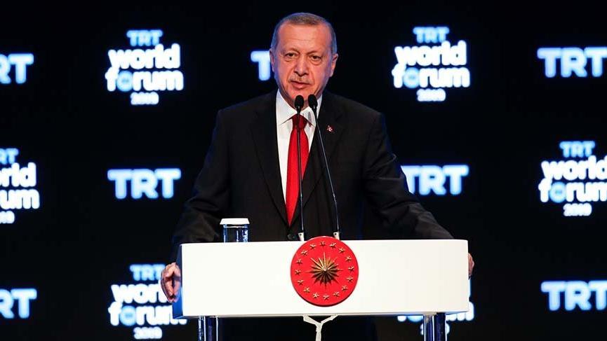 Cumhurbaşkanı Erdoğan: 30 bin TIR silah vermek uluslararası hukukun neresinde?