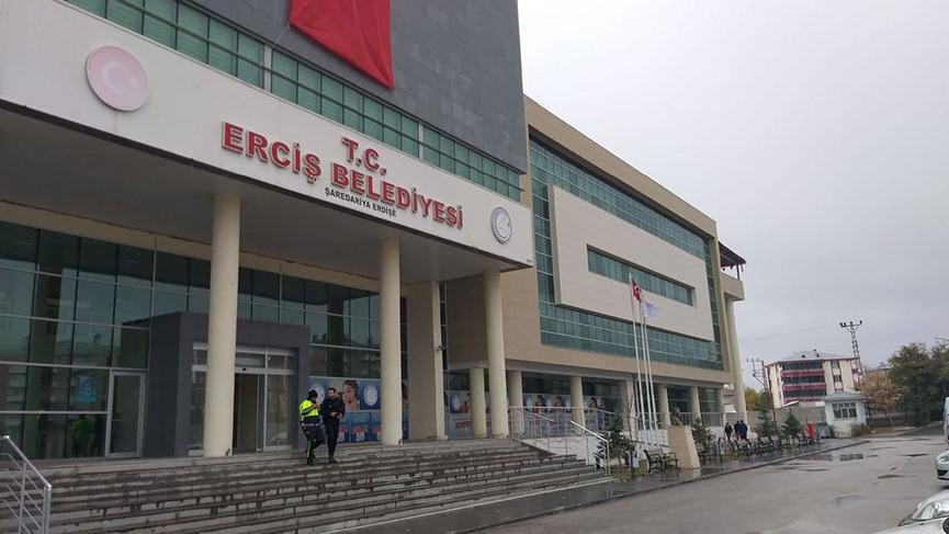 Son Dakika... Eski Erciş Belediye Başkanı'na tutuklama kararı