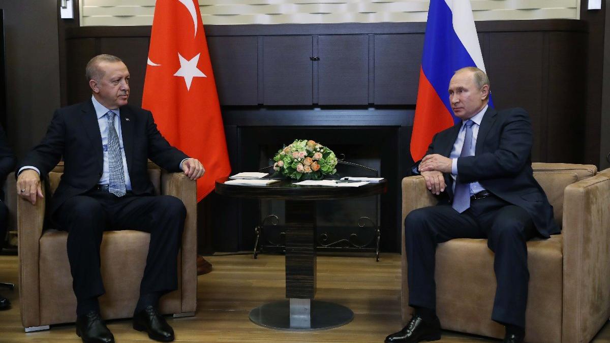 İşte Erdoğan-Putin bulaşmasının beden dili analizi